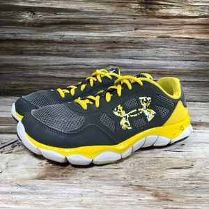 Under Armour Gray Yellow Running Shoes Youth 7